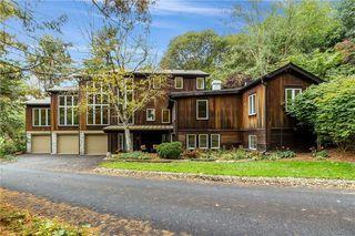 600 Bending Oak Ln, Pittsburgh, PA 15238