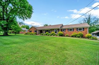 302 Rolling Mill Rd, Old Hickory, TN 37138