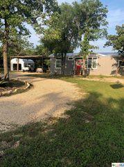 549 Cheyenne Ln, Kingsbury, TX 78638