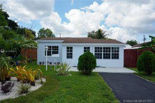 2048 NE 183rd St, Miami, FL 33179