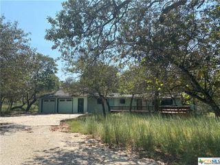 5256 Hickory Forrest Dr, Seguin, TX 78155