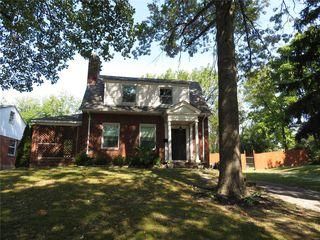 8205 Jackson Ave, Saint Louis, MO 63114