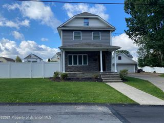 816 Dudley St, Throop, PA 18512