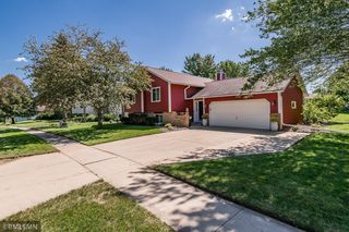 3230 Arbor Dr NW, Rochester, MN 55901