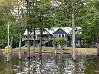 458 N Lake Ferguson Rd, Greenville, MS 38703