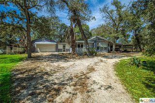 318 Blackjack Oak Rd, Seguin, TX 78155