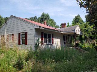 1162 Yellow Skin Rd, Autryville, NC 28318