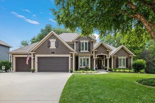 6355 N White Oak Ct, Kansas City, MO 64152