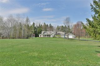 6875 Glass Factory Rd, Holland Patent, NY 13354