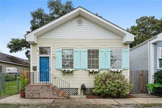 7417 Spruce St, New Orleans, LA 70118
