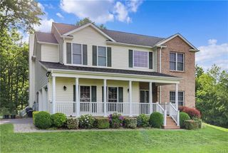 61 Winchester Ct, Yorktown Heights, NY 10598