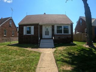 910 171st St, Hammond, IL 61929