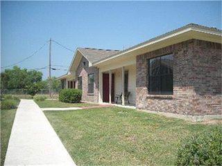 1103 Lincoln St, Zapata, TX 78076