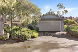 32 Country Club Gate, Pacific Grove, CA 93950
