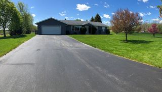 S99W21239 Parker Dr, Muskego, WI 53150