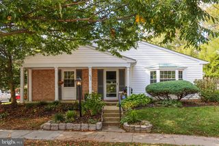 5480 Gloucester Rd, Columbia, MD 21044