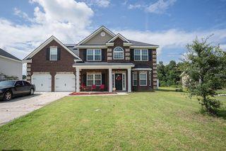671 Red Oak Ln, Hinesville, GA 31313