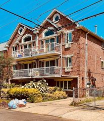 6143 218th St #1, Oakland Gardens, NY 11364