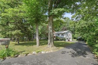 2644 Gregory St, Yorktown Heights, NY 10598