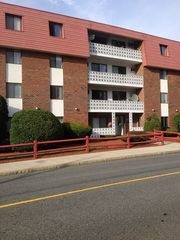 141 Pierce St #18, Malden, MA 02148