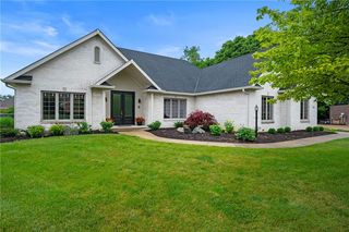 1516 Mansfield Ct, Greenwood, IN 46143