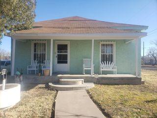 1702 N Magdalen St, San Angelo, TX 76903