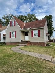 4097 W 157th St, Cleveland, OH 44135