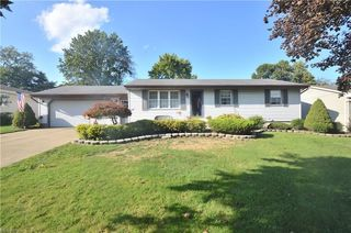 118 Circleview Ct, New Middletown, OH 44442