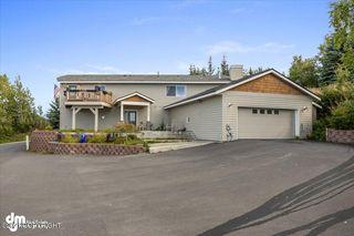 8400 Longhorn St, Anchorage, AK 99507