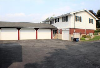 732 S Lincoln Ave, Walnutport, PA 18088