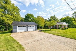 9349 State Route 144, Philpot, KY 42366