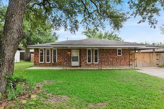 2325 Wilkes St, Bryan, TX 77803
