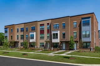 Maple Street Rowhomes, Mount Prospect, IL 60056