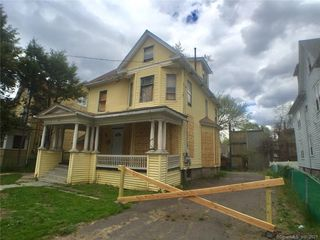 66 Deerfield Ave, Hartford, CT 06112