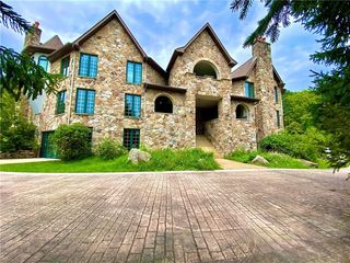 2397 State Route 381 Rd, Rector, PA 15677