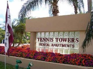 2882 Tennis Club Dr, West Palm Beach, FL 33417