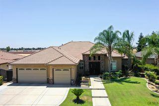 10101 Silverthorne Dr, Bakersfield, CA 93314