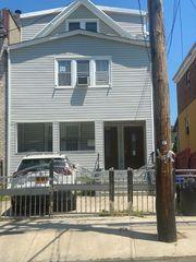 841 E 224th St, Bronx, NY 10466