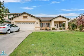 8304 Sea Meadow Ln, Bakersfield, CA 93312