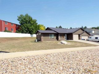 1814 Red Dale Dr, Rapid City, SD 57702