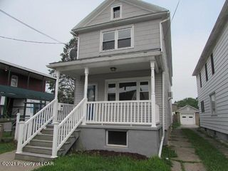 371 1st St, Hanover Township, PA 18706