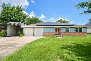 8329 Arrowhead Ln, Houston, TX 77075