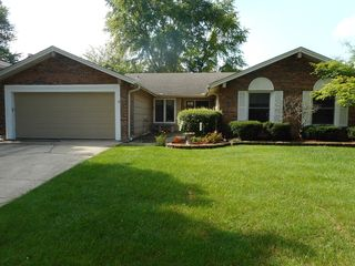 204 Downing Dr, Bloomingdale, IL 60108