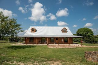 780 Lakeside Dr, Bluff Dale, TX 76433