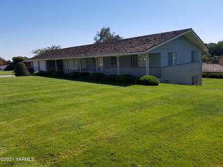 3606 Richey Rd, Yakima, WA 98902