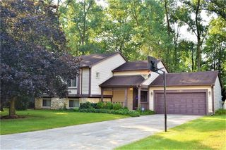 1691 Stacy Lynn Dr, Indianapolis, IN 46231