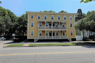 104 Dexter St #6, Providence, RI 02909