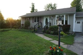 676 N Ellicott Creek Rd, Amherst, NY 14228