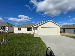 1604 Willow Way, Benton City, WA 99320