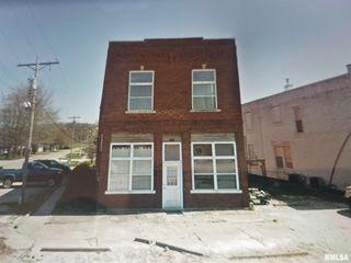 998 2nd St, Lomax, IL 61454